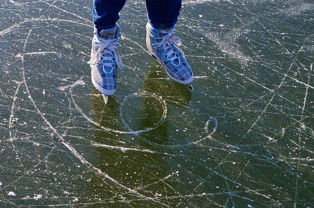 Schlittschuhlaufen an der Ostsee